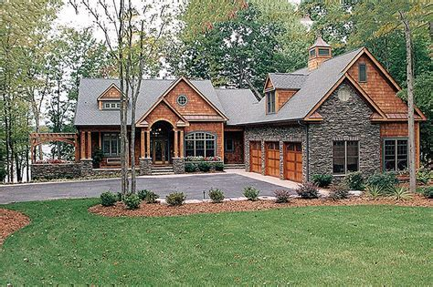Craftsman Style House Plan   4 Beds 4.5 Baths 4304 Sq/Ft