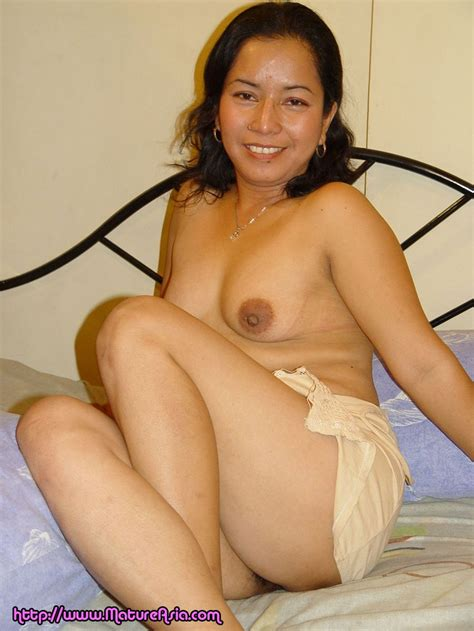 mature Asian Eliza Showing Her Old Pussy