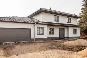 Stadtvilla Mit Garage : die elegante stadtvilla dtp tauber und partner ~ Lizthompson.info Haus und Dekorationen