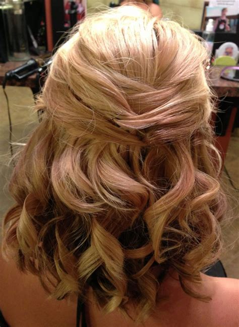 wedding hair  shoulder length fade haircut