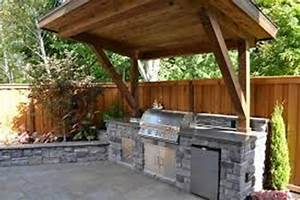 Rustic outdoor kitchen designs for small spaces home for Rustic outdoor kitchen designs