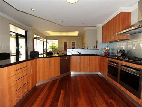 Home Kitchen Designs Deentight