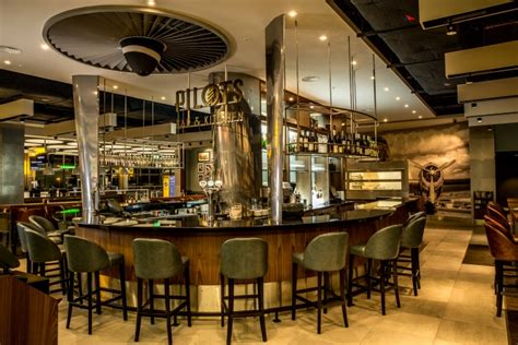 pilots bar kitchen  ocreative  heathrow terminal