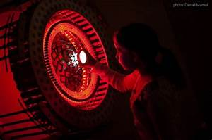 Incredible interactive light sculpture by joshua kirsch for Incredible interactive light sculpture by joshua kirsch