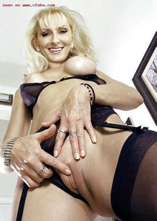 Nackt desiree porn nick Desiree nick
