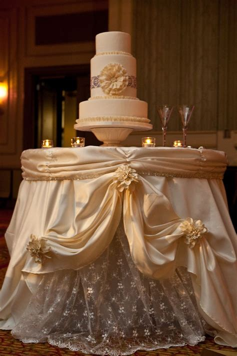 The Gorgeous Cake Table Linen Was Made To Resemble The