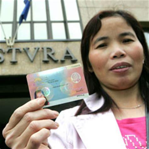 ufficio di immigrazione permesso di soggiorno documenti richiesti per il rinnovo aggiornamento dei