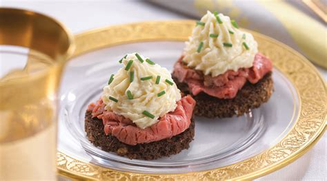 beef canapes recipes tre stelle recipe tre stelle horseradish mousse topped