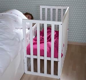 lit cododo pour bebe en hetre dispo en 3 coloris With tapis chambre bébé avec canapé lit avec bon matelas