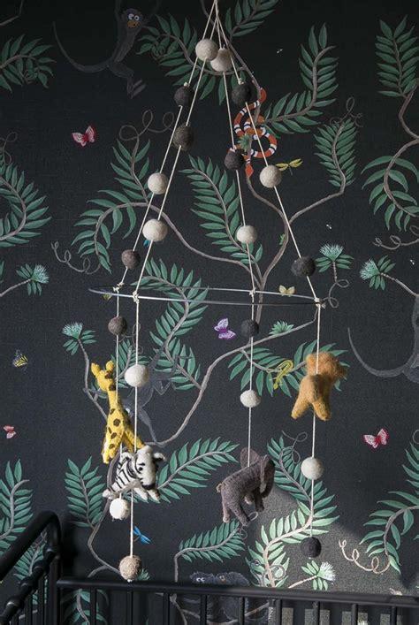 de babykamer vol jungle behang van amanda interior junkie