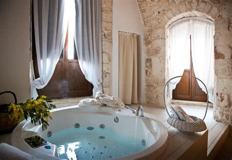 hotel con vasca da letto con vasca idromassaggio az63 pineglen