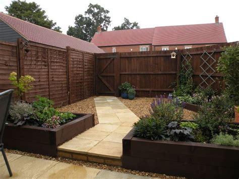 small budget low maintenance garden gardening