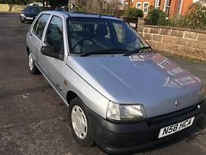 Renault Versailles : 1996 renault clio rl 1 2 versailles for sale classic cars for sale uk ~ Gottalentnigeria.com Avis de Voitures