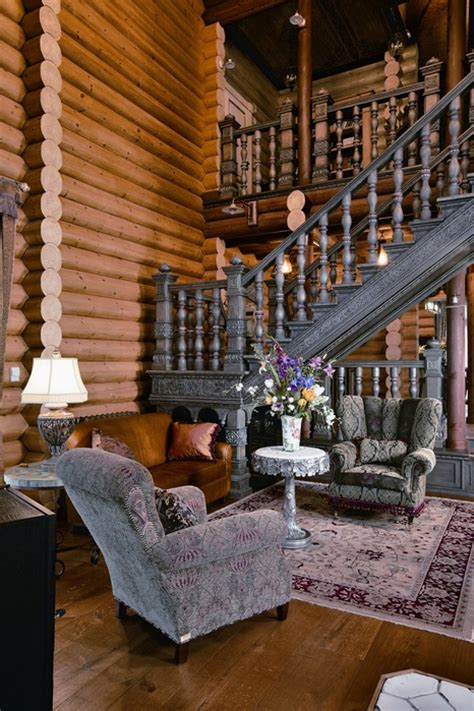 large siberian house  eclectic style digsdigs