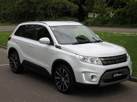 Suzuki Vitara 2017 White 1383 With Regard To Suzuki Vitara