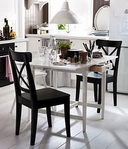 Table Cuisine Moderne : petite table de cuisine moderne ikea ~ Teatrodelosmanantiales.com Idées de Décoration