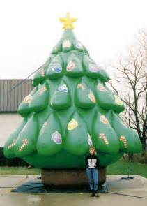 yolloy large outdoor inflatable christmas decoration tree for sale