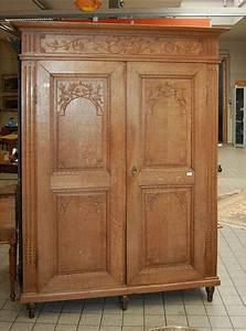 Armoire Deux Portes : armoire en ch ne ouvrant deux portes sculpt es aux oiseau ~ Teatrodelosmanantiales.com Idées de Décoration