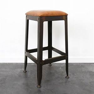 Tabouret De Bar Cuir : tabouret de bar industriel avec assise en cuir ~ Teatrodelosmanantiales.com Idées de Décoration
