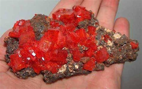 grow orange potassium dichromate crystals