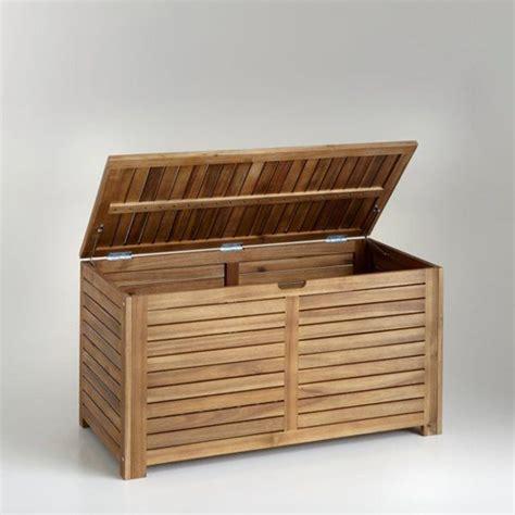 coffre a bois exterieur 25 best ideas about coffre de rangement jardin on coffre rangement jardin coffre