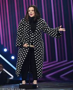 Melissa McCarthy thanks her fans after being honored as ...