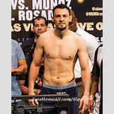 Floyd Mayweather Vs Robert Guerrero Weigh In | 425 x 533 jpeg 31kB