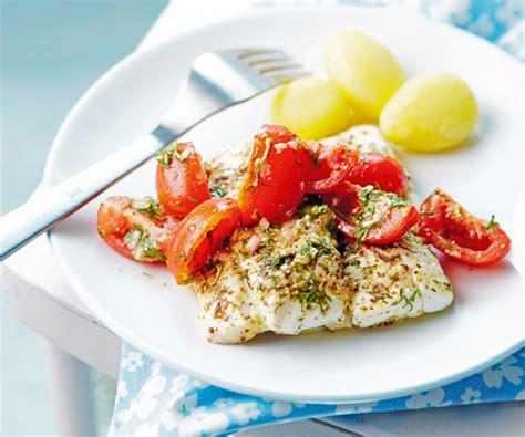cuisiner le filet de cabillaud plat léger filet de cabillaud à l aneth et aux tomates