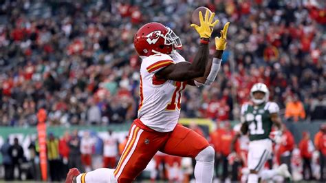 Chiefs Tyreek Hill Is Putting Up No 1 Receiver Numbers
