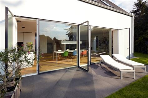 Ueberdachte Terrasse Moderne Terrasseneinrichtung by 17 Amazing Contemporary Porch Designs You Re Going To