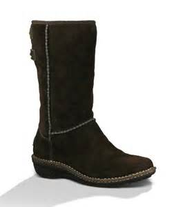 womens ugg boots reviews 39 s boots cold weather shearling review ugg australia 39 s haywell winter boots