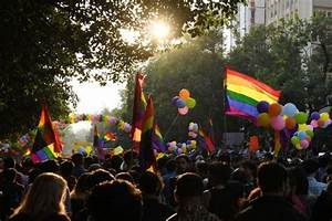 India's LGBT community marches freely after gay sex ...