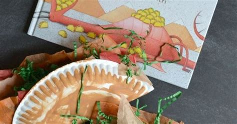 Paper Taco Boats by Paper Plate Taco Kid Craft Crafts Plates And Taco Bar