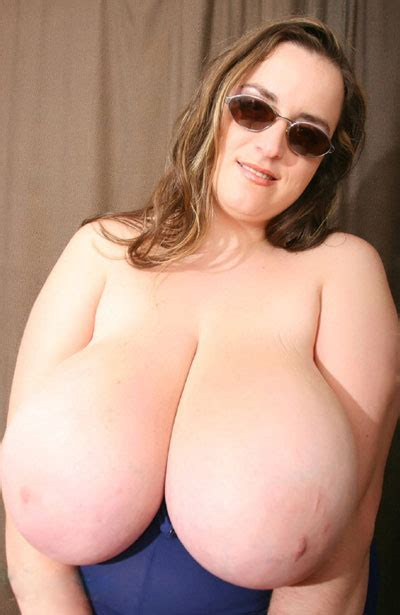 Huge Tits Of Anna Love Bigtitsglamour