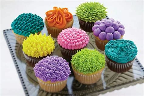 cupcake designs easy easy cupcake decorating techniques young womens pinterest