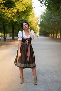 Oktoberfest Outfit Damen Selber Machen : die besten 25 dirndl schuhe ideen auf pinterest schuhe ~ Michelbontemps.com Haus und Dekorationen