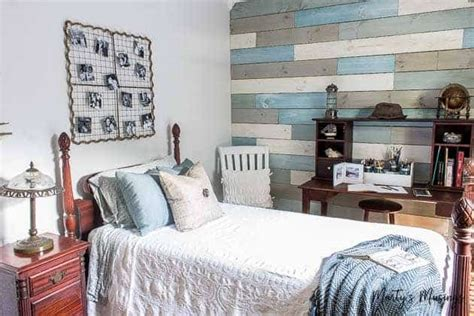 Diy Bedroom Decor Ideas by Inexpensive Diy Decor Ideas And Small Bedroom Reveal