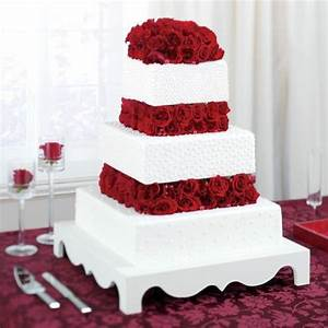 Beautiful red flowers and white cake | Wishing for the ...