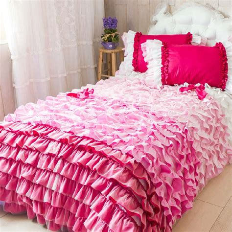 white bedspread with ruffles ruffle bedding set