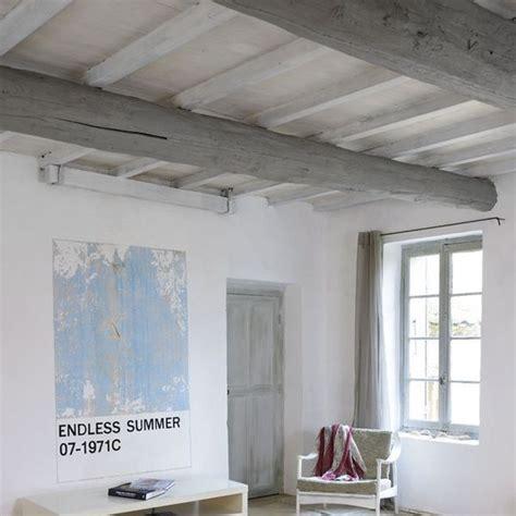 bureau perpignan repeindre un plafond avec poutres en bois apparentes