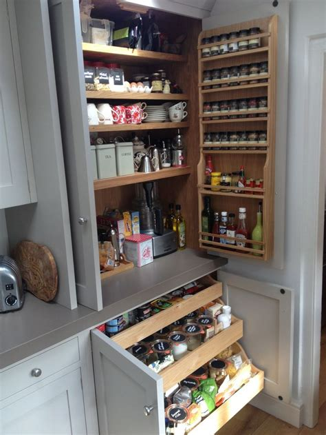 Kitchen Cupboard Drawers by Best 25 Pantry Cupboard Ideas On Pantry