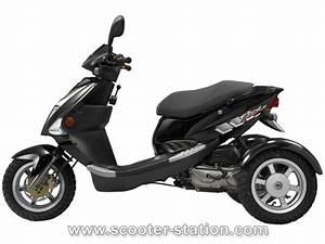 Moto A 3 Roues : pgo tr3 50 2014 le seul scooter 3 roues de 50 cm3 scooter station ~ Medecine-chirurgie-esthetiques.com Avis de Voitures