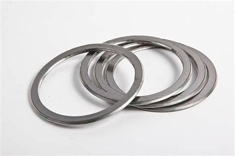China Graphite Basic Type Spiral Wound Gasket Photos