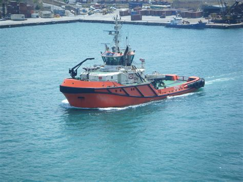 Big Tug Boats For Sale by Going Working Tug Big Work Truck For Sure