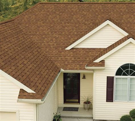 oakridge shingles featuring artisan colors desert tan   exterior paint colors