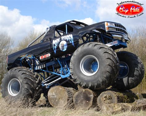 monster trucks videos truck monster truck wallpaper cool hd wallpapers