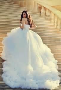 robe mariage princesse les 25 meilleures idées de la catégorie robes de mariée sur tendances de robes de