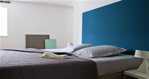 tendance couleur chambre adulte peinture chambre la tendance couleur à ne pas rater