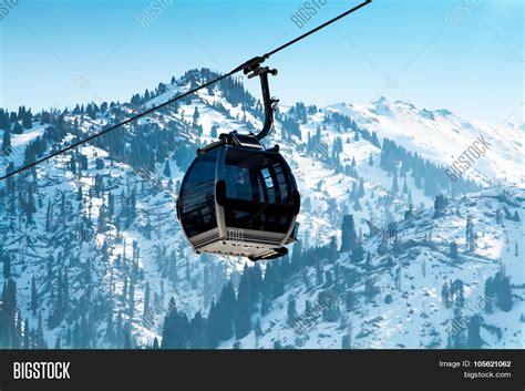 Ski Lift, Gondola Lift, Cable Car Image & Photo