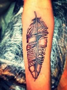 Tattoo Feder Unterarm : feder tattoo tribal motiv unterarm m nner frauen ideen tattoo tattoo ideen feder tattoo und ~ Frokenaadalensverden.com Haus und Dekorationen